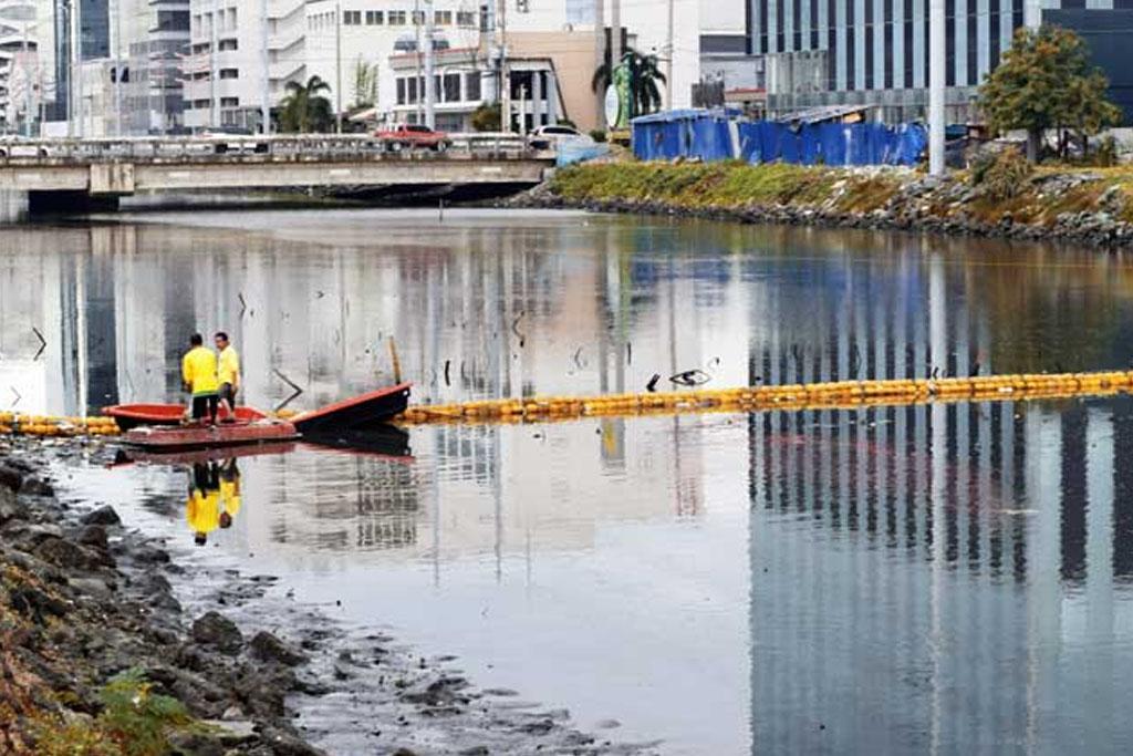 Aseana City locators participate in Manila Bay rehabilitation